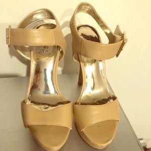 Women's Guess platform heels